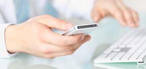Handy am Arbeitsplatz aufladen: Ist das erlaubt