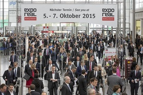 Eingangsbereich Expo Real 2014 - Schild mit Expo Real 2015