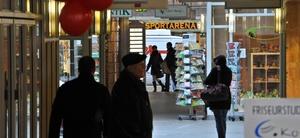 Vermietung eines Einkaufszentrums unterliegt nicht der GewSt