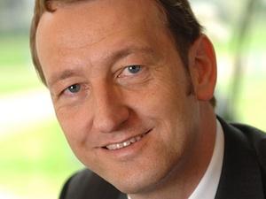 Wechsel in der Geschäftsführung von Warburg-Henderson