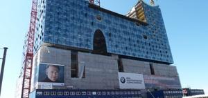 Großprojekte: Experten fordern Kostenklarheit und Transparenz