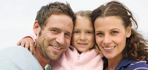 Kabinett beschließt Lohnsteuersenkung und Familienpaket