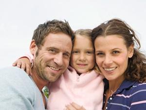 Erfolgsmodell Elterngeld: Kindersegen bei Berufstätigen