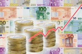 Euro Euroscheine Münzen Geld Rote Kurve nach oben