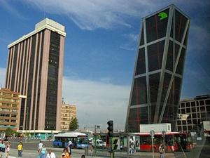 Deka-Fonds kauft Geschäftshaus in Madrid