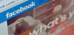 Wegen Bruch des Kontaktverbotes über Facebook zurück in den Knast
