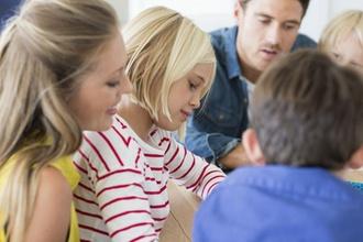 Beruf & Familie: Elterngeld-Reform noch für 2019 geplant