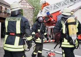 Feuerwehrleute bei Einsatz