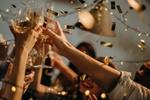 Firmenfeier Umtrunk Party - ohne Gesichter