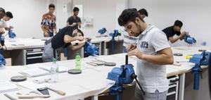 Flüchtlinge als Auszubildende: Erfahrungen aus der Praxis