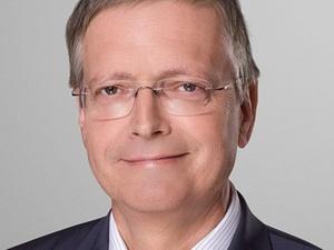 Frank Billand wird zum RICS-Fellow ernannt