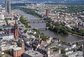 Frankfurt_Main_Stadtansicht_Tag