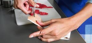 Schnittwunde am Finger rechtfertigt keine Rennfahrt zur Klinik