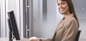 Ergonomie-Tipp: PC-Bildschirm möglichst tief einstellen