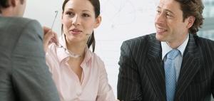 Business Knigge: Die richtige Anrede