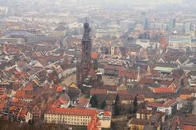 Freiburg Skyline/Freiburg von oben - Blick aufs Münster