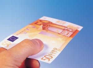 Bundesregierung: Haushaltsnahe Minijobs dürfen bar bezahlt werden