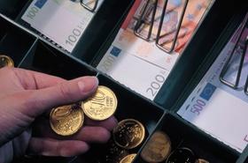 Geld aus Kasse
