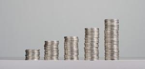 Pfandbriefbank: Überschuss sackt um 35 Prozent ab