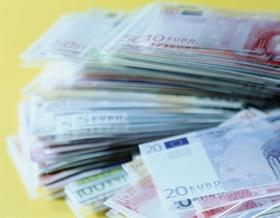 Geld Verschwendung