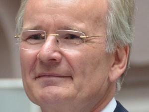 Immobilienexperte Kemper zum HAWK-Honorarprofessor ernannt