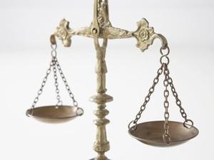 Weniger allgemeine Klagen gegen Behördenentscheidungen