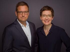 Die Geschäftsführung der Haufe Group: Harald Wagner (CFO) und Birte Hackenjos (CEO).