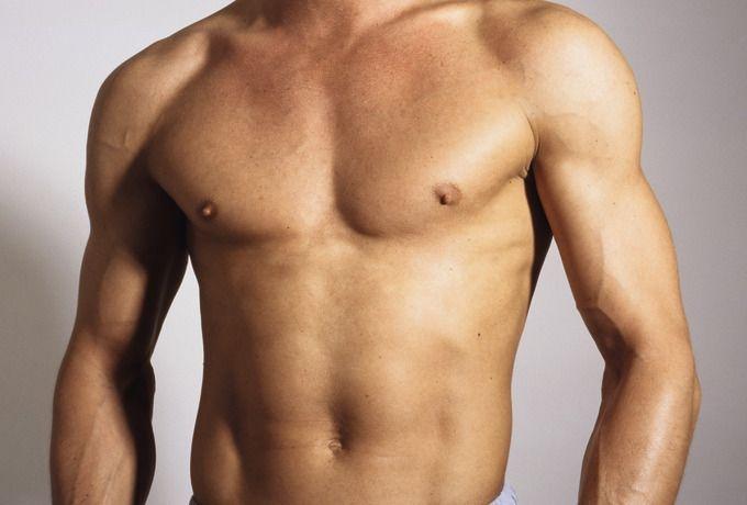 mann nackt zu hause