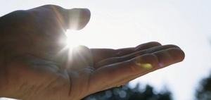 Bau von Photovoltaikanlagen unterliegt der Bauabzugsteuer