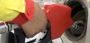 Unfall beim Tanken auf dem Heimweg als Arbeitsunfall?