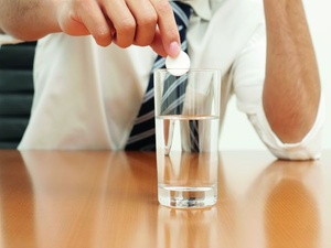 Studie: Doping und Alkohol am Arbeitsplatz nehmen zu