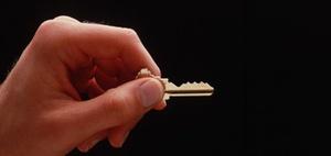 Schließanlage: Wer muss bei Schlüsselverlust zahlen?