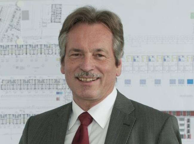 Der Architekt Hans-<b>Otto Kraus</b> ist technischer Geschäftsführer der GWG in ... - hans-otto-kraus-242754-2