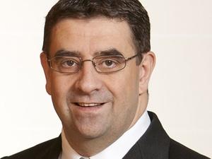 Hans-Peter Wolf leitet Personal-Service bei der Allianz