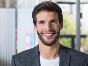 Haufe Kampagnenbild Portrait Marketing Typ