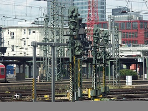 Frankfurt: Fernbusbahnhof am Hauptbahnhof geplant
