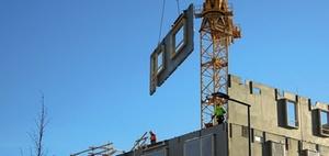 Modulares Bauen: Plattenbau und Fertighaus gegen Wohnungsnot