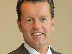 Douglas-Vorstand Henning Kreke übernimmt Personalaufgaben