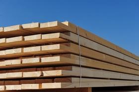 Holzbretter blauer Himmel