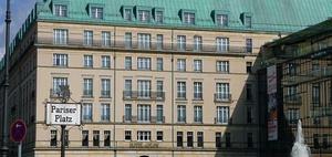 Prozessauftakt Adlon-Investor Jagdfeld gegen Signal Iduna