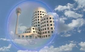Immobilienblase_Gehry Häuser in Blase eingeschlossen