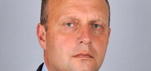 Savills bestellt James Bury zum CEO für Europa