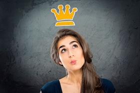 Junge Frau mit Krone Wunsch