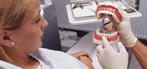 Zusatzversicherungen für Zahnersatz boomen