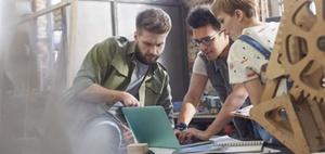 Mitarbeiterempfehlungen: Geklüngel oder echte Hilfe für HR?
