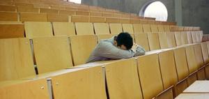 Muss Rechtsschutzversicherung für Studienplatzklage leisten?
