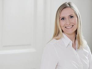 Karin Schmitzer ist HR-Leiterin bei Anecon