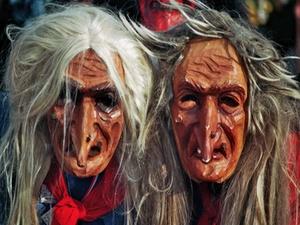 Juristenwitze im Karneval - böse Sprüche aus der Bütt