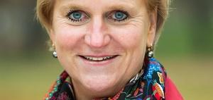 Katharina Heuer tritt zurück