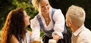 Kein gesetzlicher Unfallversicherungsschutz bei Bierwanderung